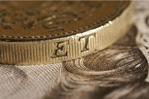 1ポンドの硬貨デザインと新硬貨デザイン